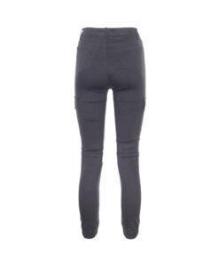 Jeans combat con tasche laterali. Elastico in fondo alla gamba
