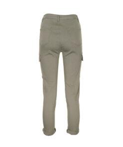 Pantalone utility con tasche laterali. Vestibilià slim